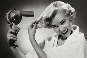 blow-drying-hair-vintage-590